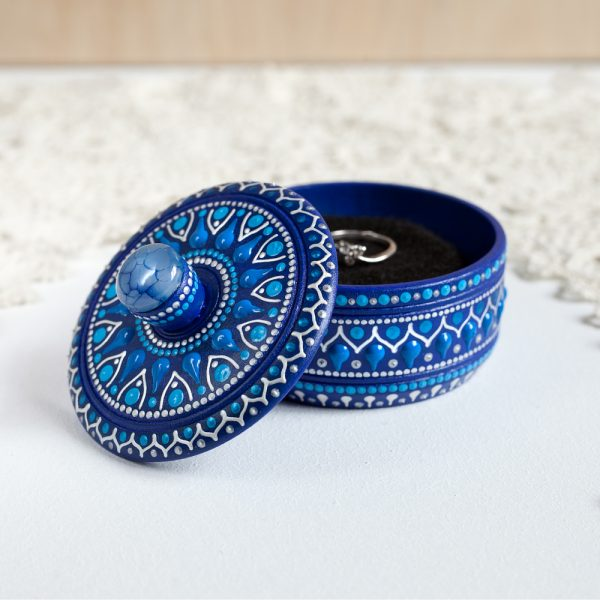 Round blue ring box